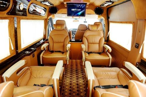kinh-nghiem-thue-xe-limousine-dcar-tham-quan-chua-bai-dinh-tu-tuc-2.jpg